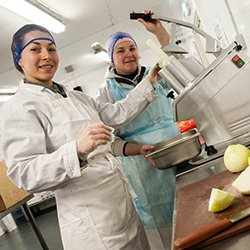 YRSFood Food Workplace Photographer Food Processing Production  Example 18